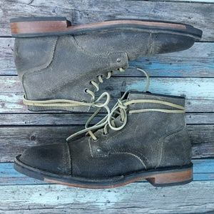 NWOT Cole Haan Weston Distressed Leather Chukka